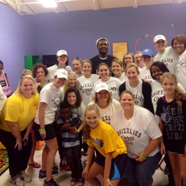 Tony Allen visits the Pre-K room during Grizz Cares Day.